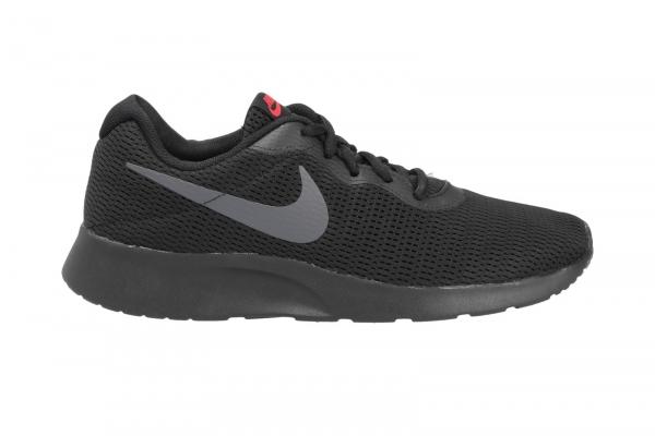 Nike Tanjun in Freizeit & Outdoor