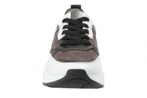 Edel Sneaker in Schnürer Bild3