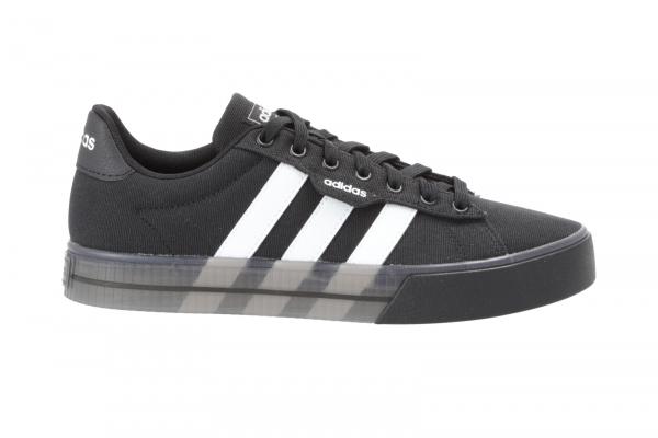 Adidas DAILY 3 in Schnürer