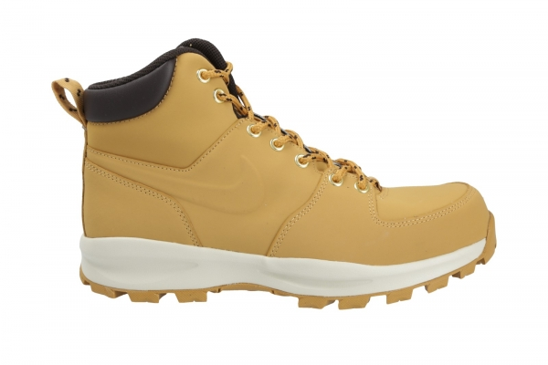 Nike Manoa in Stiefel