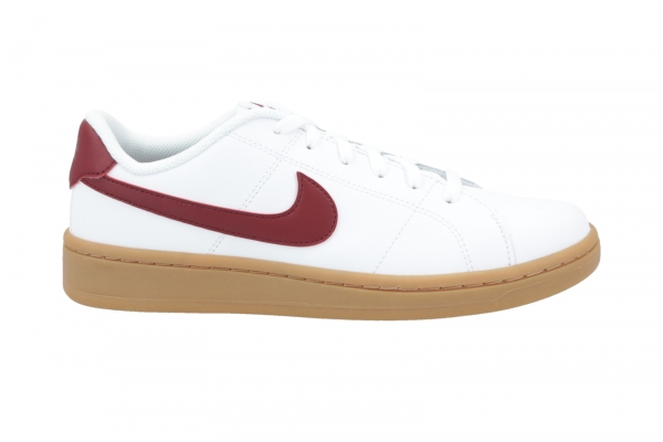 Nike Court Royale in Schnürer